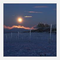 Východ Měsíce u Sněžky