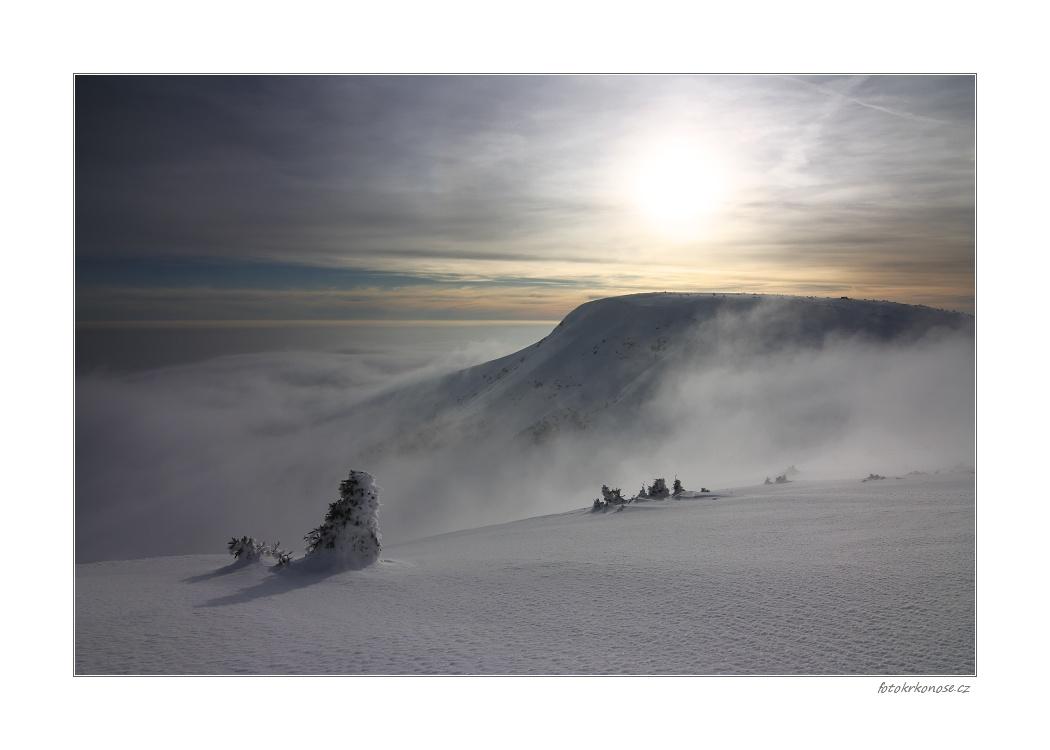 O horách a mlze